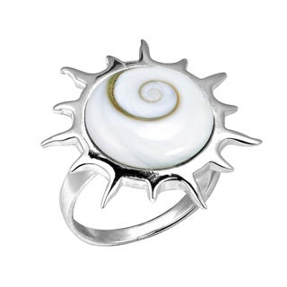 Sterling Silver Trendy Sun Swirl Shiva Shell Ring (Thailand)