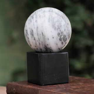 Handcrafted Onyx Sphere 'Visions' Sculpture (Peru)