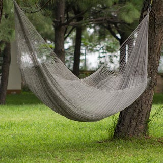 Moonlight Outdoor Beach Garden Patio Pool Silver Gray Durable Unique Handmade Knotted Rope Style Nylon Double Hammock (Mexico)