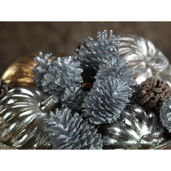 Pine Cones Assorted Sizes (Set of 24)