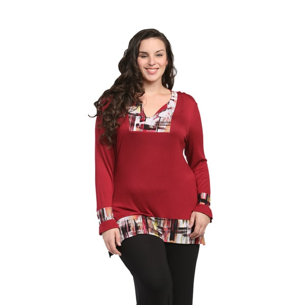 24/7 Comfort Apparel Women's Plus Size Deep Red Pattern-trimmed Tunic