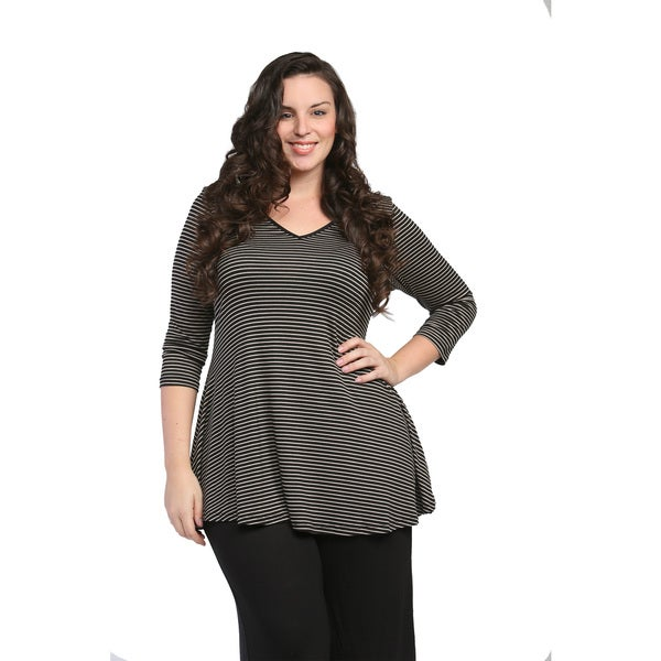 24/7 Comfort Apparel Women's Plus Size Cream and Black Striped V-Neck Tunic