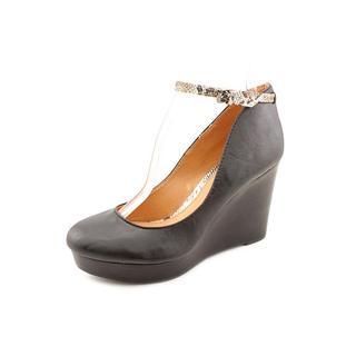 Report Women's 'Azaria' Man-Made Dress Shoes