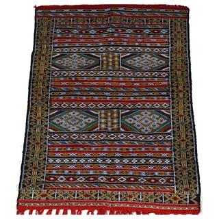 Hand-Woven Moroccan Kilim Rug (3.7' x 5.6')