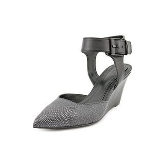 Pour La Victoire Women's 'Minot' Leather Sandals