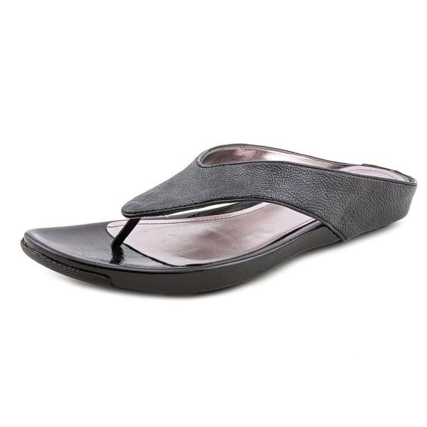 Kenneth Cole Reaction Women's 'Water Park' Leather Sandals