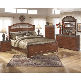 Fairbrooks Estate Reddish Brown Poster Bed