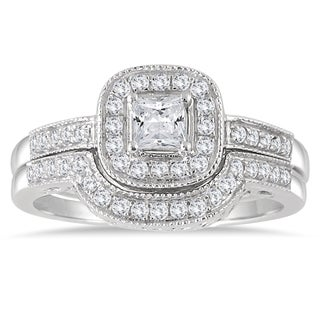 Marquee Jewels 10k White Gold 5/8ct TDW Diamond Halo Bridal Set (I-J, I1-I2)