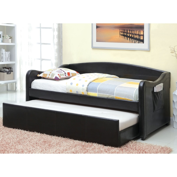 Overstock Daybeds With Trundle : Furniture of america vispia modern faux leather daybed