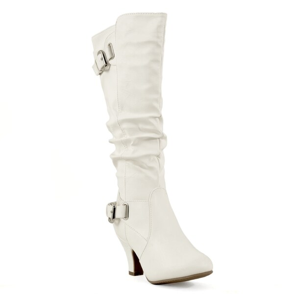 Top Moda Women's 'Bag-55' White Buckle Slouched Boots