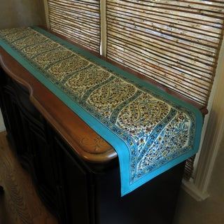 Hand-block Printed Paisley Cotton Table Runner (India)