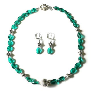 Palmtree Gems Silvertone 'Sienna Twilight' Necklace and Earring Jewelry Set