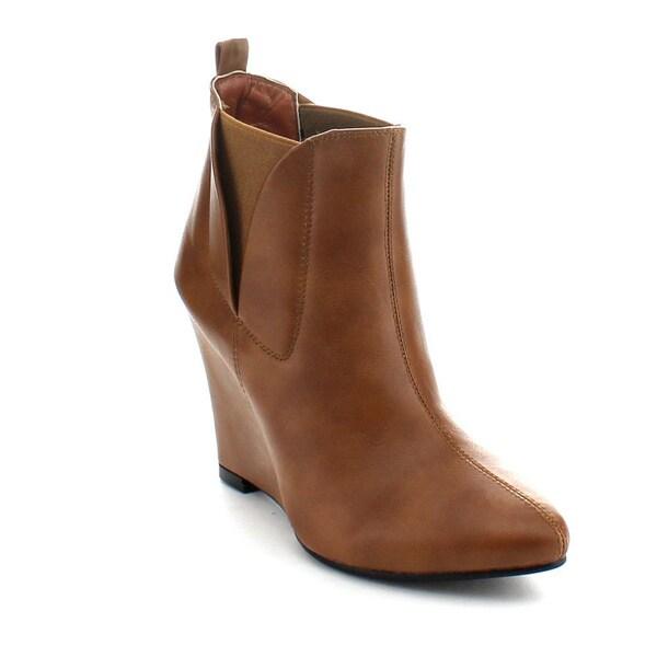 Bonnibel Women's 'Ben-1' Pointed Toe Wedge-heel Booties