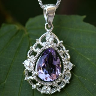 Sterling Silver Elegant Pear Drop Amethyst Necklace (Thailand)