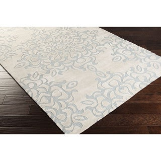 Hand-tufted Natrona Floral Polyester Area Rug (5' x 8')