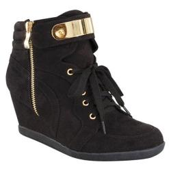 Women's Wild Diva Peggy-53 Ankle Boot Black Faux Suede