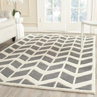 Safavieh Handmade Chatham Dark Grey/ Ivory Wool Rug (7' Square)