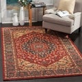 Safavieh Mahal Navy/ Red Rug (6'7 x 9'2)