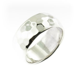 Handcrafted .925 Sterling Silver High Polish Hammered Band Ring (Thailand)