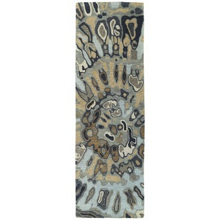 Hand-tufted Artworks Pewter Green Tie-dye Rug (2'6 x 8')