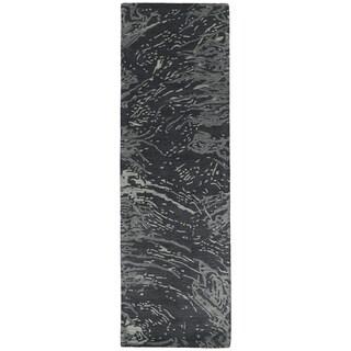 Hand-tufted Artworks Charcoal Waves Rug (2'6 x 8')
