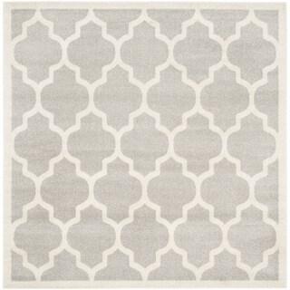Safavieh Indoor/ Outdoor Amherst Light Grey/ Beige Rug (9' Square)