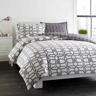 City Scene Labyrinth Grey Reversible Cotton 3-piece Duvet Cover Set