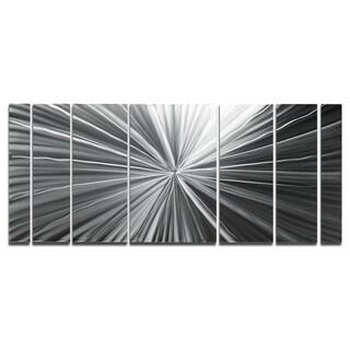 Wow-factor Silver Original 'Tantalum' Metallic Art Decor