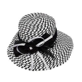 Swan Women's Boucle Chenille Hat
