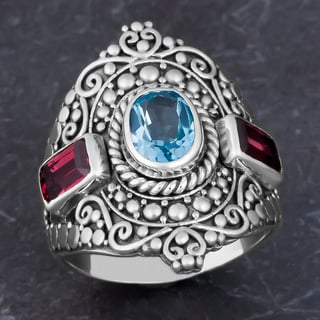 Sterling Silver Blue Topaz, Garnet 'Cawi' Size 7 Ring (Indonesia)