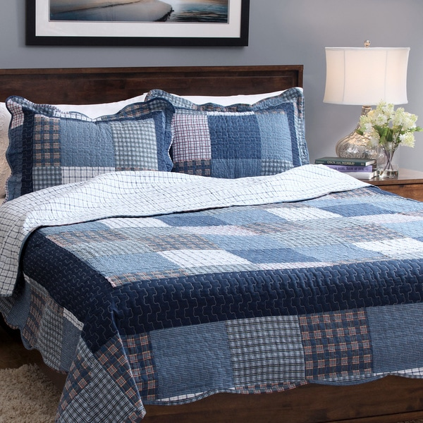 Slumber Shop Mulberry Square 3-piece Reversible Quilt Set