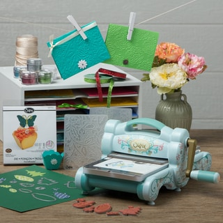Sizzix Big Shot Die Cutting and Embossing Machine Bundle