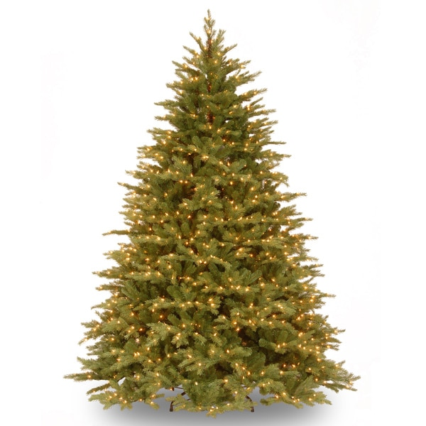 Nordic Spruce Hinged Tree with 900 Clear Lights