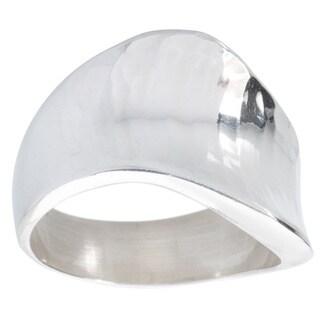 Kele & Co Sterling Silver Hammered Wave Ring