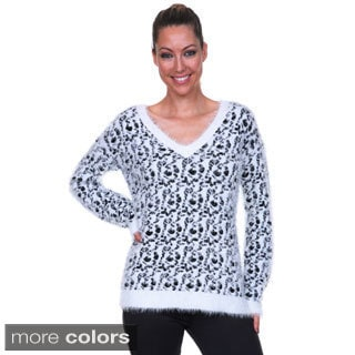 White Mark Women's Eyelash-knit Leopard Sweater