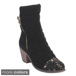 Queen Chateau Women's 'Jones-3' Lace-toe Ankle Boots