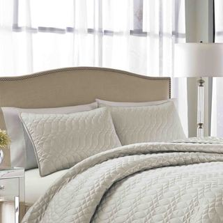 Nicole Miller Splendid Cream Quilted 3-Piece Bedspread Set