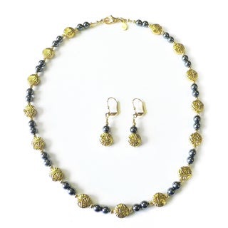 Palmtree Gems Fan Dance Gold and Black Pearl Necklace and Earring Set