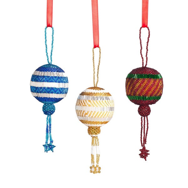 Hand-beaded Round Ball Christmas Ornament (Guatemala)