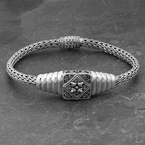 Sterling Silver 'Balinese Art' Cawi 7.5 inches Bracelet (Indonesia)