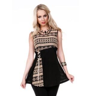Womans Sleeveless Lace Pattern Tunic