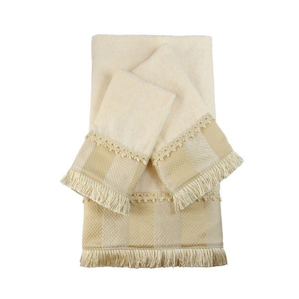 Austin Horn Classics Catherine Embellished 3-piece Towel Set
