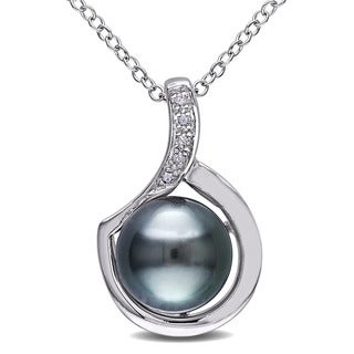 Miadora Sterling Silver Tahitian Pearl and Diamond Accent Pendant (9-9.5 mm)