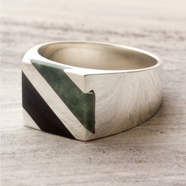 Men's Sterling Silver 'Lord of the Land' Jade Ring (Guatemala)