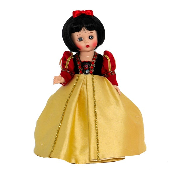 Snow White from The Storyland Collection Wendy Doll