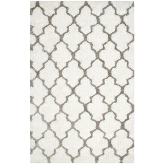 Safavieh Handmade Barcelona Shag White/ Silver Polyester Rug (8' x 10')