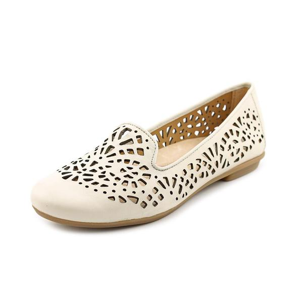 Earth Women's 'Begonia' Leather Casual Shoes