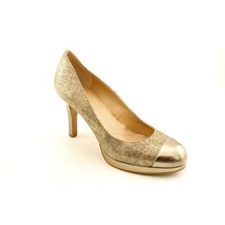 Tahari Women's 'Laura' Leather Dress Shoes