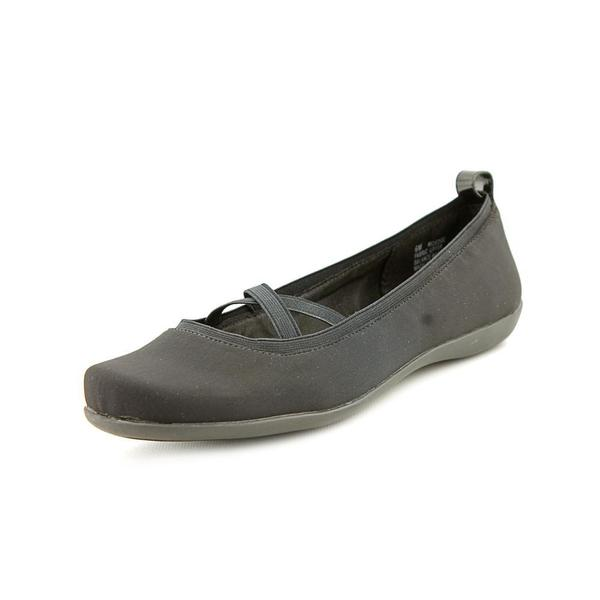 Mootsies Tootsies Women's 'Edge' Fabric Casual Shoes (Size 6 )