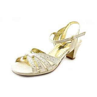 Nina Kids Girl (Youth) 'Wendy' Satin Dress Shoes (Size 4 )